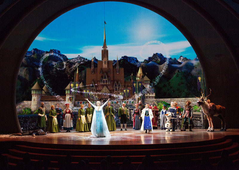 REVIEW: 'FROZEN — Live at the Hyperion' debuts at Disney California Adventure