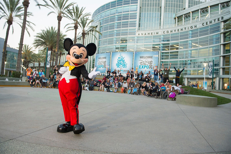 Discounted Disneyland tickets and hotel rooms for #D23Expo guests