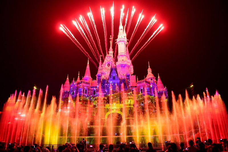 Shanghai Disneyland celebrates its first year and 11 million guests!