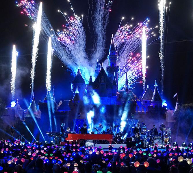 WATCH: Elton John tapes at Disneyland for #Disneyland60 TV special